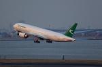 T.Sazenさんが、羽田空港で撮影したトルクメニスタン航空 777-22K/LRの航空フォト(飛行機 写真・画像)