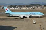 Cipher01さんが、福岡空港で撮影した大韓航空 747-4B5の航空フォト(写真)