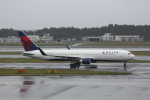 ATOMさんが、成田国際空港で撮影したデルタ航空 767-332/ERの航空フォト(写真)