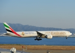 じーく。さんが、関西国際空港で撮影したエミレーツ航空 777-31H/ERの航空フォト(写真)