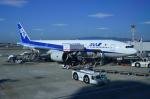 パンダさんが、伊丹空港で撮影した全日空 777-281/ERの航空フォト(写真)