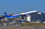 パンダさんが、伊丹空港で撮影した全日空 777-281の航空フォト(写真)