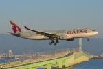 shining star ✈さんが、関西国際空港で撮影したカタール航空 A330-202の航空フォト(写真)