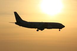 HondaJetさんが、成田国際空港で撮影したエア・インチョン 737-4Y0/SFの航空フォト(飛行機 写真・画像)