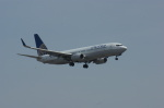 北の熊さんが、新千歳空港で撮影したユナイテッド航空 737-824の航空フォト(写真)