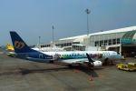 うめやしきさんが、高雄国際空港で撮影したマンダリン航空 ERJ-190-100 IGW (ERJ-190AR)の航空フォト(飛行機 写真・画像)