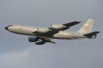 うめやしきさんが、厚木飛行場で撮影したアメリカ空軍 KC-135R Stratotanker (717-148)の航空フォト(飛行機 写真・画像)