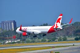 Flying Elvisさんが、ロサンゼルス国際空港で撮影したエア・カナダ・ルージュ 767-36N/ERの航空フォト(飛行機 写真・画像)