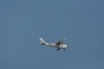 kumagorouさんが、嘉手納飛行場で撮影したKADENA AERO CLUB 172Fの航空フォト(写真)