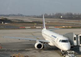 tuckerさんが、パリ シャルル・ド・ゴール国際空港で撮影したエールフランス・オップ! ERJ-190-100 LR (ERJ-190LR)の航空フォト(飛行機 写真・画像)