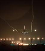 連写人さんが、高知空港で撮影した日本航空 737-846の航空フォト(写真)