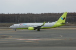 北の熊さんが、新千歳空港で撮影したジンエアー 737-8B5の航空フォト(写真)
