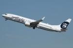 よっしぃさんが、ロサンゼルス国際空港で撮影したアラスカ航空 737-990の航空フォト(写真)