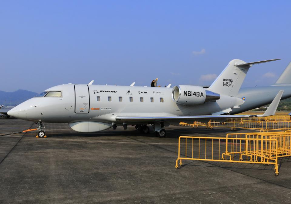RA-86141さんのボーイング エアクラフト ホールディング カンパニー Bombardier Challenger 600 (N614BA) 航空フォト
