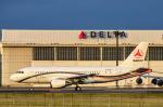 パンダさんが、成田国際空港で撮影したサニー・グループ A319-115CJの航空フォト(飛行機 写真・画像)