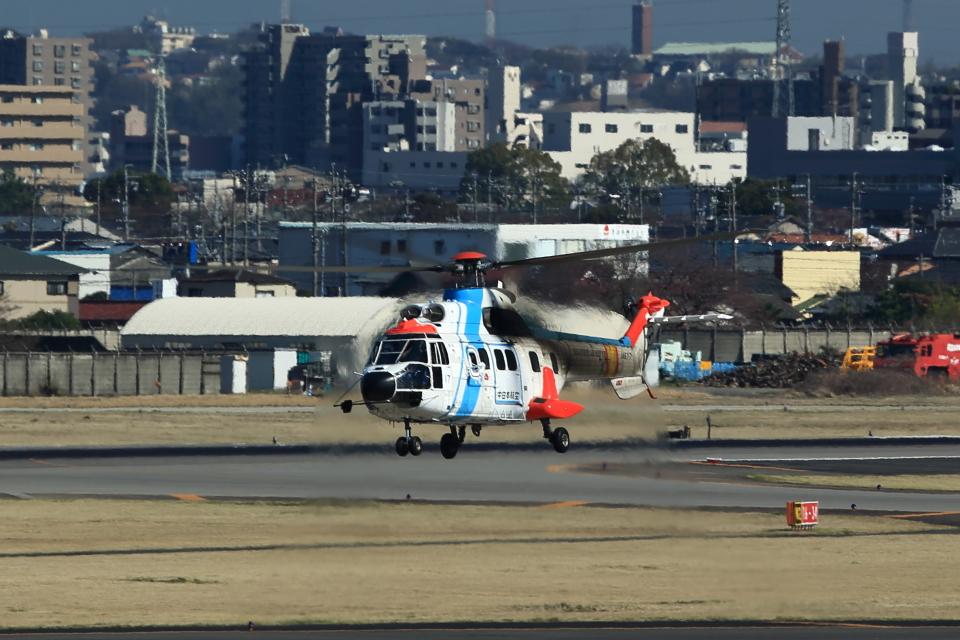 T.Sazenさんの中日本航空 Aerospatiale AS332 Super Puma (JA6717) 航空フォト