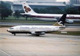 amagoさんが、ドンムアン空港で撮影したプレジデント・エアラインズ 737-2K3/Advの航空フォト(飛行機 写真・画像)