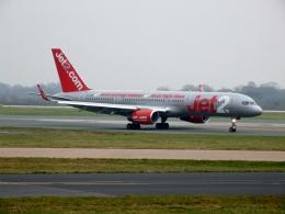 ▲®さんが、マンチェスター空港で撮影したジェット・ツー 757-27Bの航空フォト(飛行機 写真・画像)