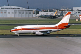 Gambardierさんが、名古屋飛行場で撮影した日本トランスオーシャン航空 737-2Q3/Advの航空フォト(飛行機 写真・画像)