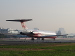 aquaさんが、台北松山空港で撮影した遠東航空 MD-83 (DC-9-83)の航空フォト(飛行機 写真・画像)