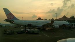 tsubasa0624さんが、スカルノハッタ国際空港で撮影したチャイナエアライン A330-302の航空フォト(飛行機 写真・画像)