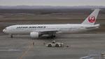 ゴンタさんが、新千歳空港で撮影した日本航空 777-246の航空フォト(写真)