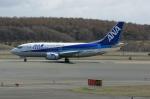 北の熊さんが、新千歳空港で撮影したANAウイングス 737-54Kの航空フォト(写真)