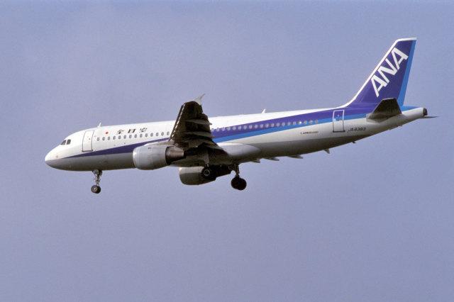 senyoさんが、成田国際空港で撮影した全日空 A320-211の航空フォト(飛行機 写真・画像)