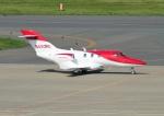じーく。さんが、羽田空港で撮影したホンダ・エアクラフト・カンパニー HA-420の航空フォト(飛行機 写真・画像)