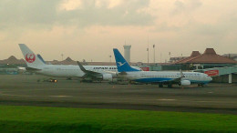 tsubasa0624さんが、スカルノハッタ国際空港で撮影した厦門航空 737-85Cの航空フォト(写真)