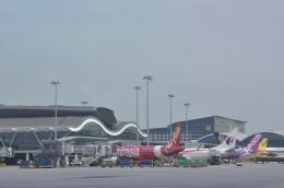 snow_shinさんが、香港国際空港で撮影したエアアジア A320-216の航空フォト(飛行機 写真・画像)