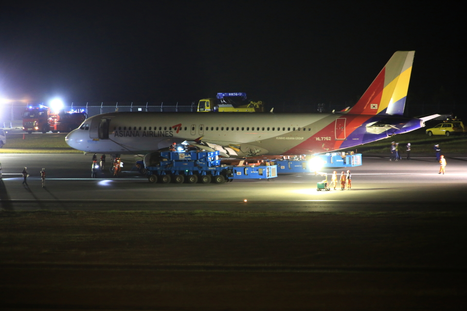 ふじいあきらさんのアシアナ航空 Airbus A320 (HL7762) 航空フォト