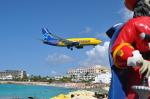 ひでかずさんが、プリンセス・ジュリアナ国際空港で撮影したエア・トランザット 737-73Sの航空フォト(飛行機 写真・画像)