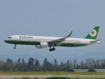 aquaさんが、小松空港で撮影したエバー航空 A321-211の航空フォト(飛行機 写真・画像)