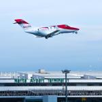 パンダさんが、成田国際空港で撮影したホンダ・エアクラフト・カンパニー HA-420の航空フォト(飛行機 写真・画像)