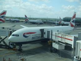シャチさんが、ロンドン・ヒースロー空港で撮影したブリティッシュ・エアウェイズ 777-236/ERの航空フォト(飛行機 写真・画像)