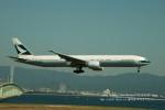 かみきりむしさんが、関西国際空港で撮影したキャセイパシフィック航空 777-367/ERの航空フォト(写真)