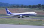kumagorouさんが、高松空港で撮影した全日空 767-381の航空フォト(写真)