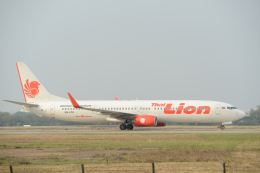 FotoArtistKotaさんが、ウドーンターニー空港で撮影したタイ・ライオン・エア 737-9GP/ERの航空フォト(飛行機 写真・画像)