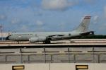 RUSSIANSKIさんが、シンガポール・チャンギ国際空港で撮影したシンガポール空軍 KC-135R Stratotanker (717-148)の航空フォト(飛行機 写真・画像)