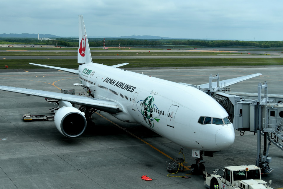 tsubasa0624さんの日本航空 Boeing 777-200 (JA8984) 航空フォト