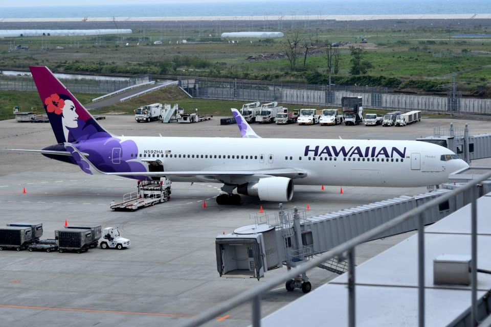 tsubasa0624さんのハワイアン航空 Boeing 767-300 (N592HA) 航空フォト