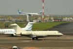 tsubasa0624さんが、羽田空港で撮影したユタ銀行 BD-700-1A11 Global 5000の航空フォト(写真)