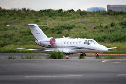 tsubasa0624さんが、羽田空港で撮影したオートパンサー 525A Citation CJ2の航空フォト(写真)