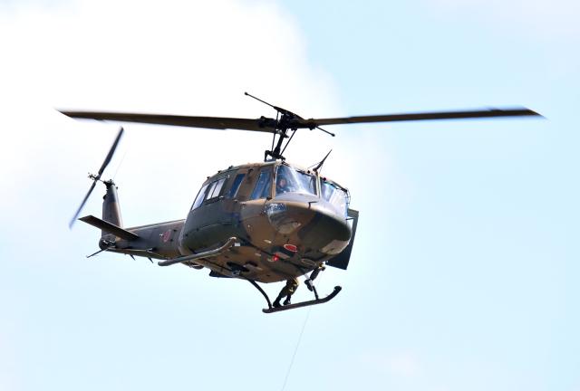 hirohiro77さんが、真駒内駐屯地で撮影した陸上自衛隊 UH-1Jの航空フォト(飛行機 写真・画像)