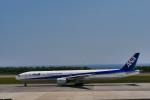 T.Sazenさんが、函館空港で撮影した全日空 777-381の航空フォト(写真)