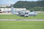 kumagorouさんが、嘉手納飛行場で撮影したアメリカ海兵隊 KC-130J Herculesの航空フォト(写真)
