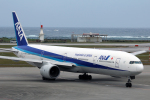 atsushi7353さんが、那覇空港で撮影した全日空 777-381の航空フォト(写真)