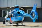 パンダさんが、札幌飛行場で撮影した北海道警察 EC135P1の航空フォト(写真)