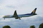 ひでかずさんが、ロンドン・ヒースロー空港で撮影したジェットエアウェイズ 777-35R/ERの航空フォト(飛行機 写真・画像)